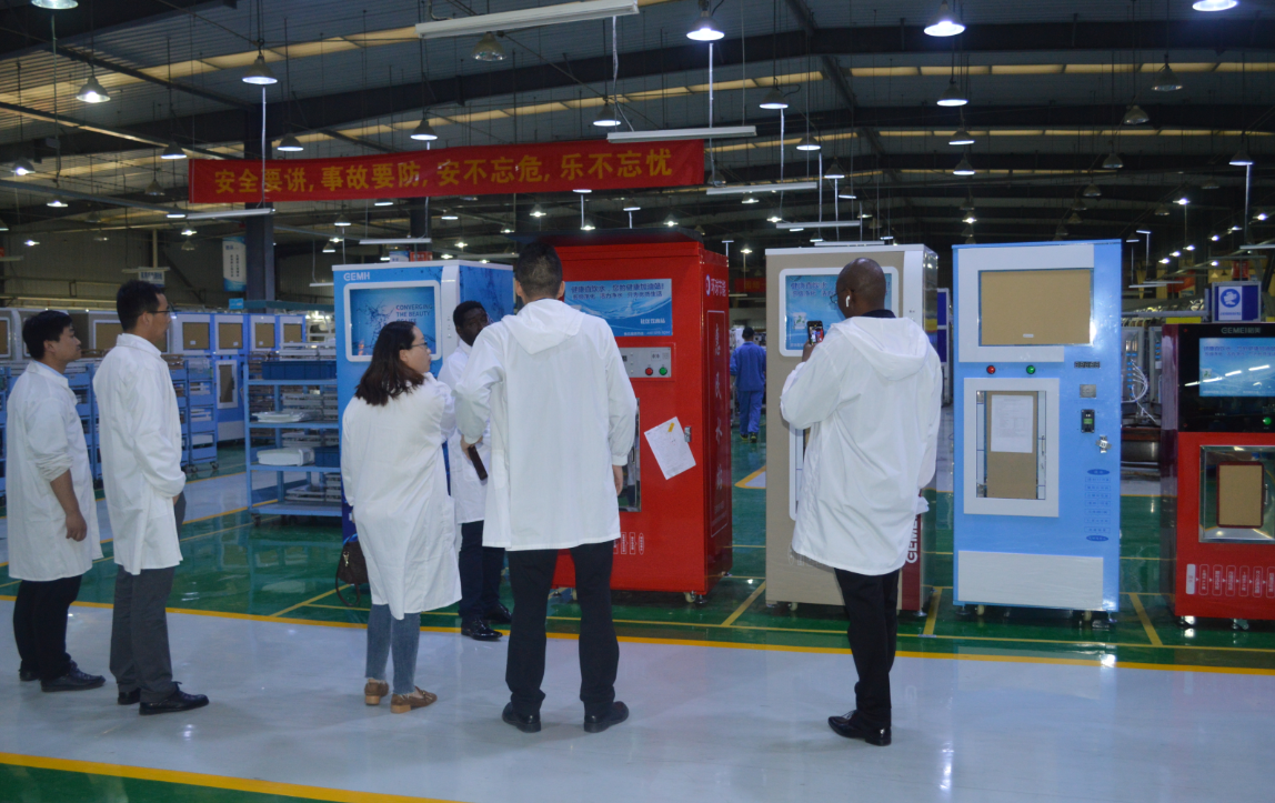 Indian customers came to our factory on August 6 to inspect